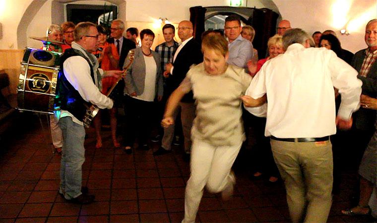 Unterhaltung Kuenstler zum 60. Geburtstag